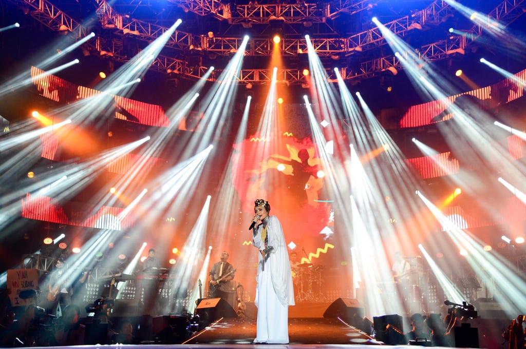 138338-Yuna at MTV World Stage Malaysia 2014 Pic 6 (Credit - MTV Asia & Kristian Dowling)-464d74-original-1408210066