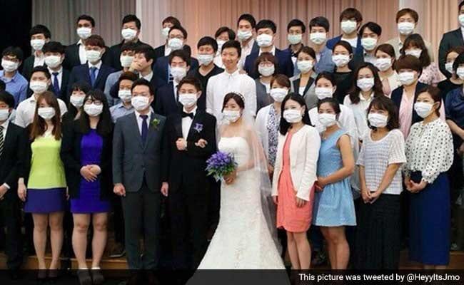 korea-wedding-mers-mask
