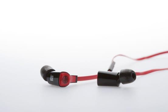 lots-LTB-2000-earphones-2