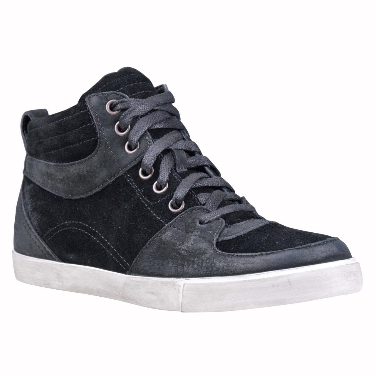 Glastenbury Sneaker Leather Chukka Black_$219.00