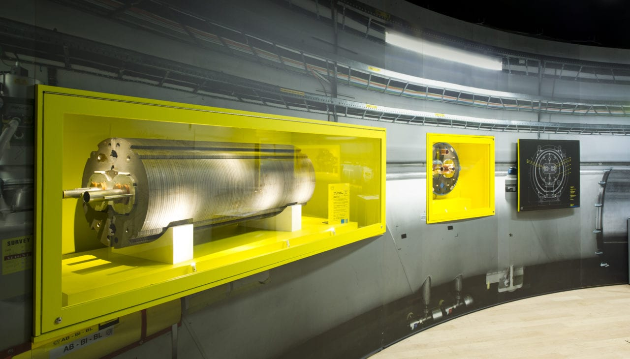 Collider exhibition, Superconducting dipole magnet