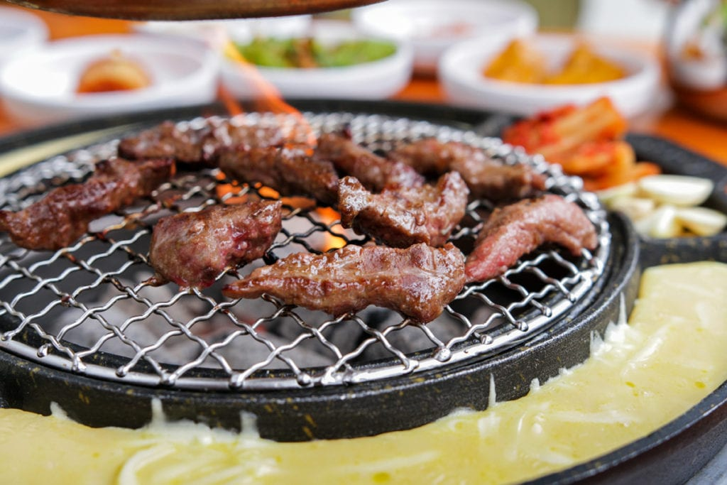 Seorae-Galmaegisal-grilling1
