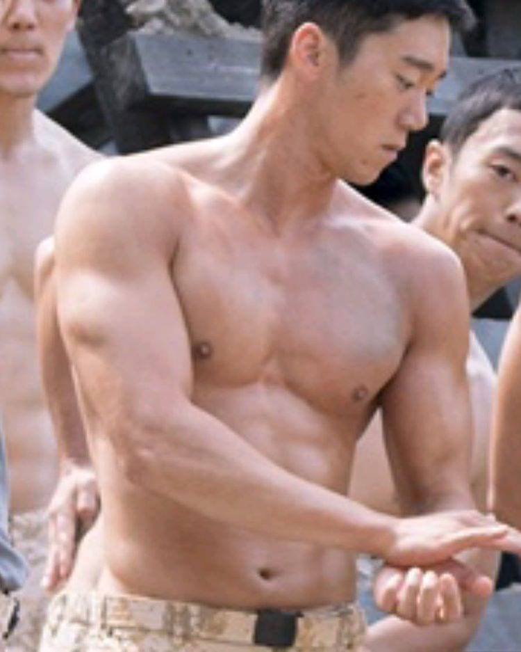 dots-soldier-abs