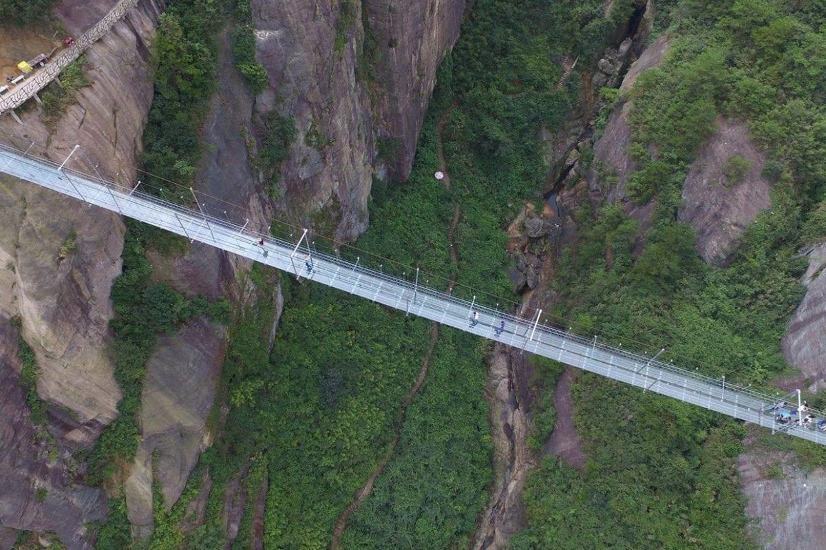 zhangjiajie-glass-bridge