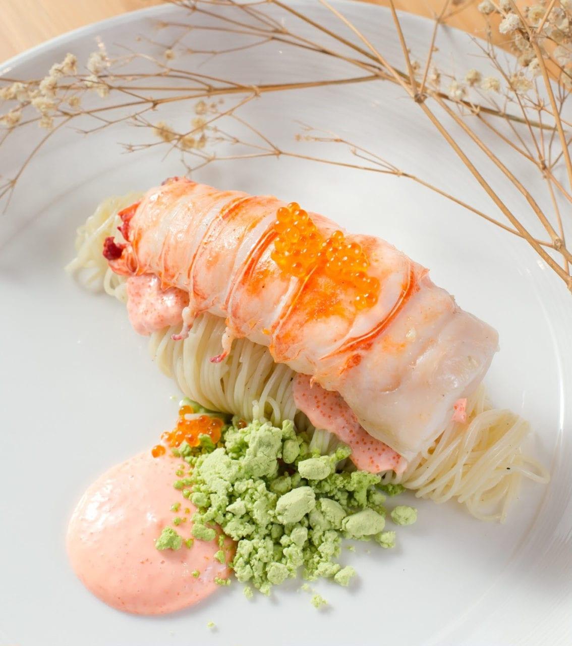 dazzling-cafe-pink-sg-Lobster-Cold-Capllini