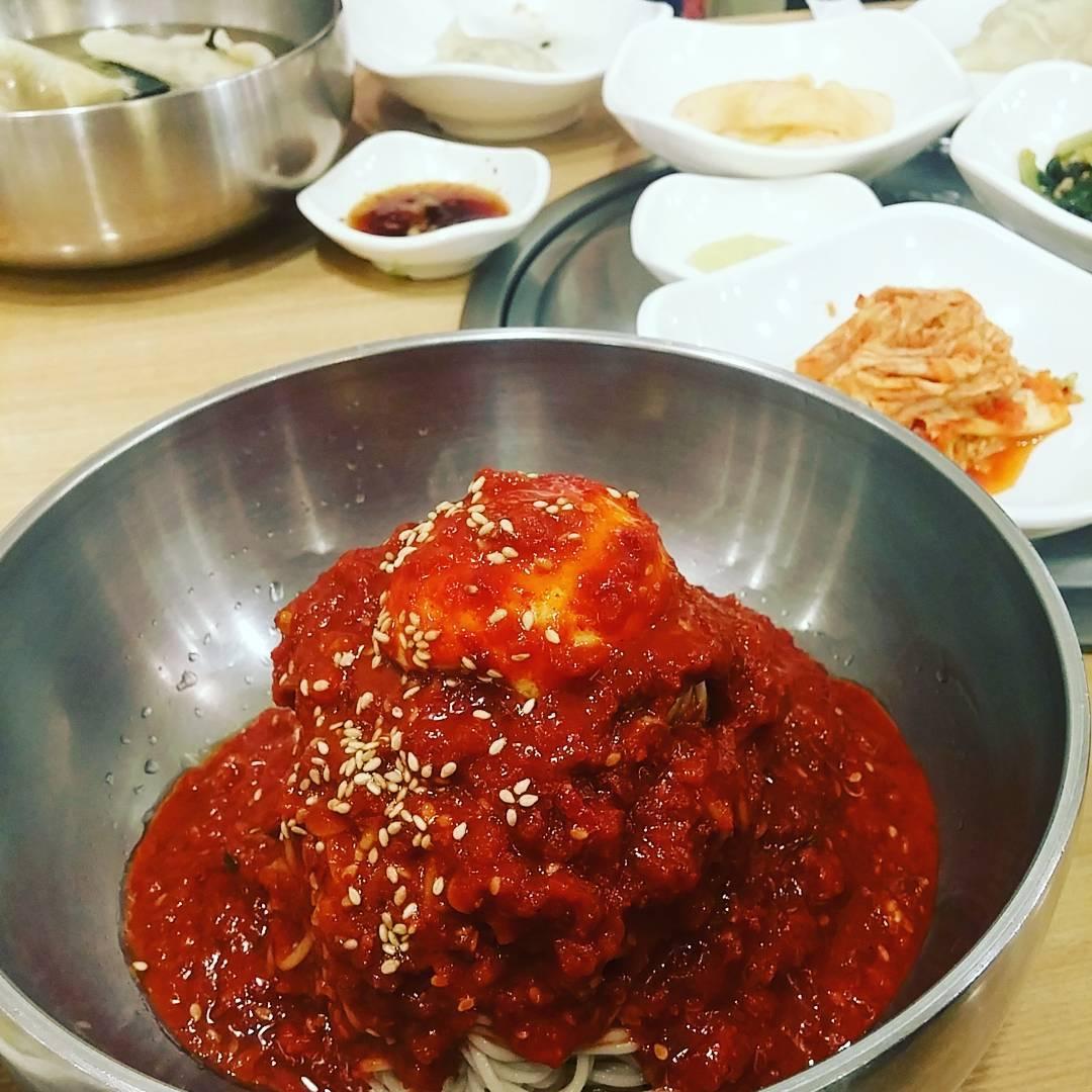 dots-naengmyeon2