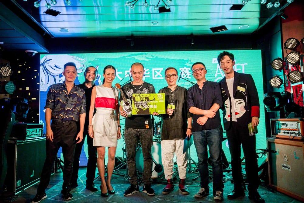 226650-judges-and-mtv-vj-yang-yang-with-project-aloft-star-amplified-by-mtv-2016-greater-china-winner-wang-dazhi