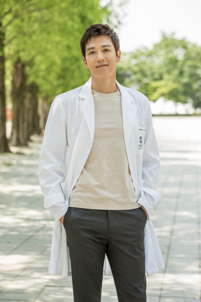 one_doctors_kim-rae-won