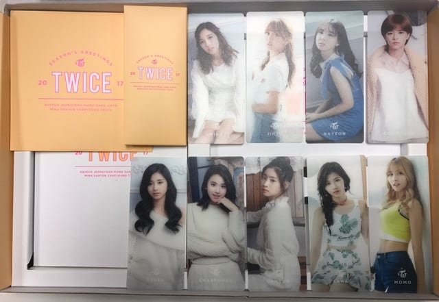 Twice Season's Greetings 2017-05