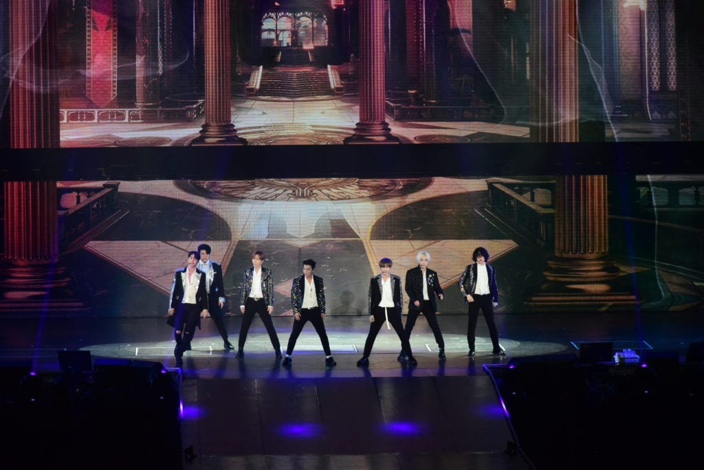 [COVERAGE] Super Show 7: Young idols who became the seniors in the KPop scene !