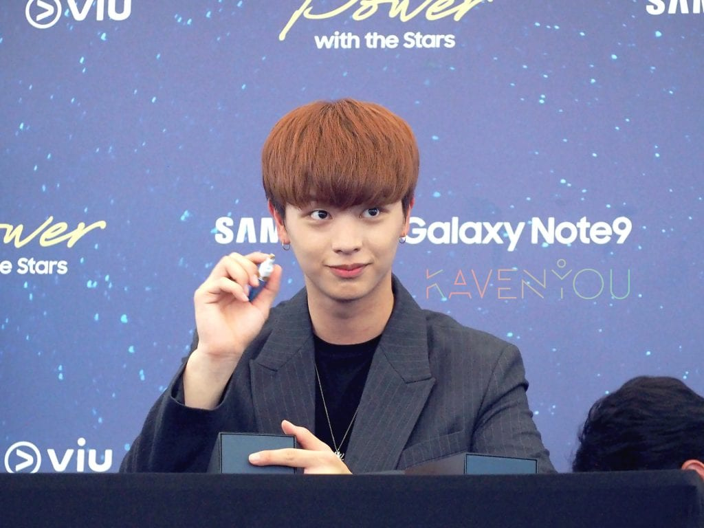 [COVERAGE] BTOB's Sung Jae Serenades Fans with Confession at Meet & Greet Session!