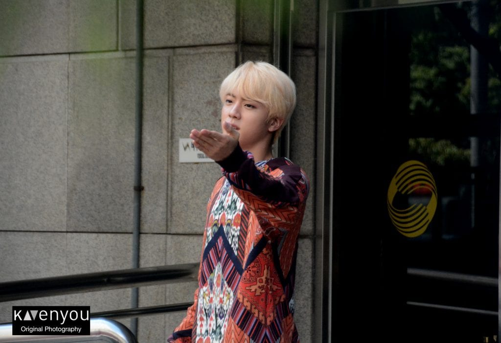 music bank korea jin sending fans