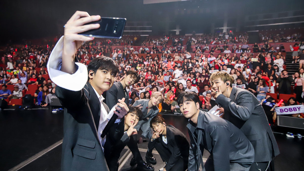 iKON 'unleashes' new Samsung Galaxy S10 series at Singapore event