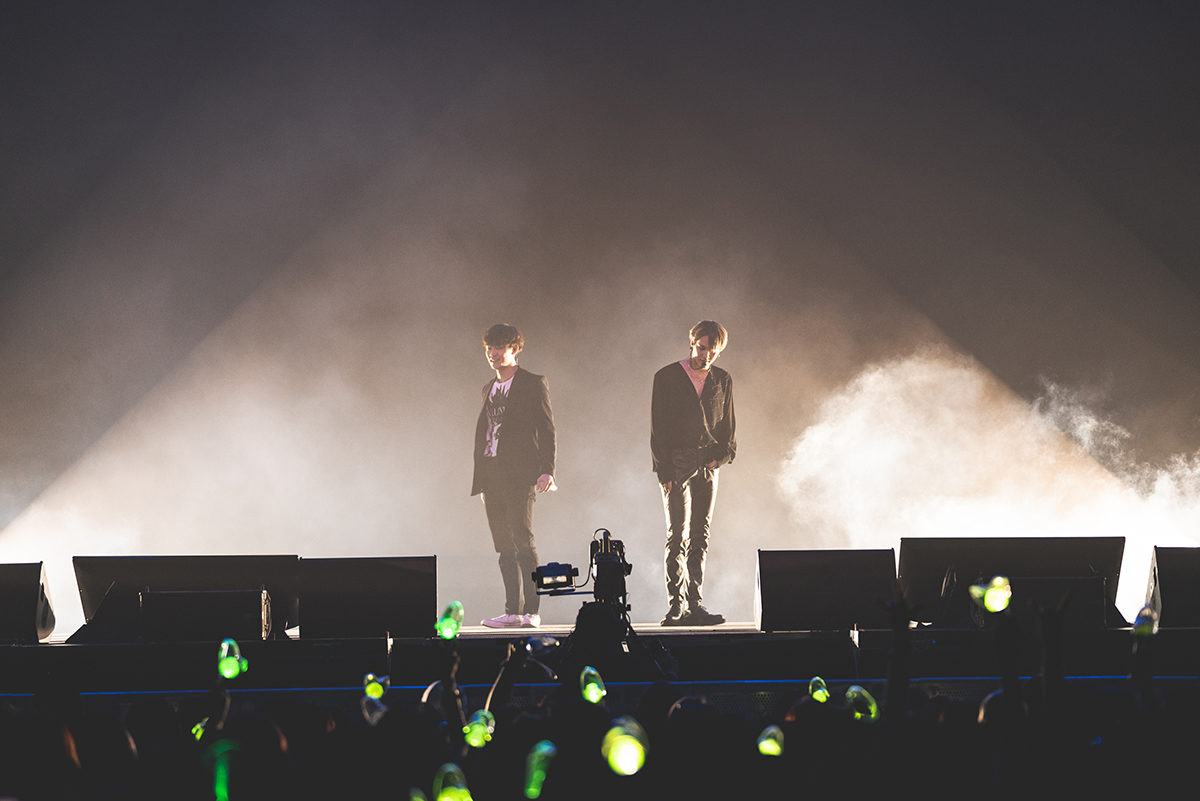 Jus2 goes all out at last showcase stop in Singapore